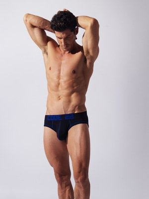 CODE 22 Full Front Brief Black