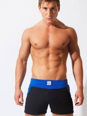 CODE 22 ACTIVE SHORT Black