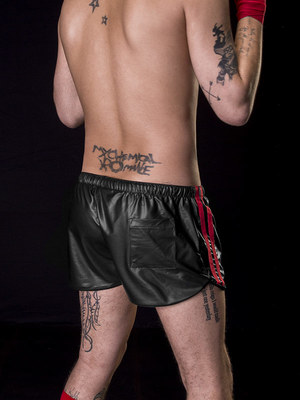 Barcode Berlin Short Byron Black/Red