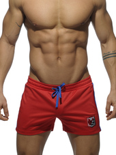 ADDICTED BADGE SPORT SHORT Red