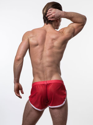 N2N EURO SPLIT SHORT Red